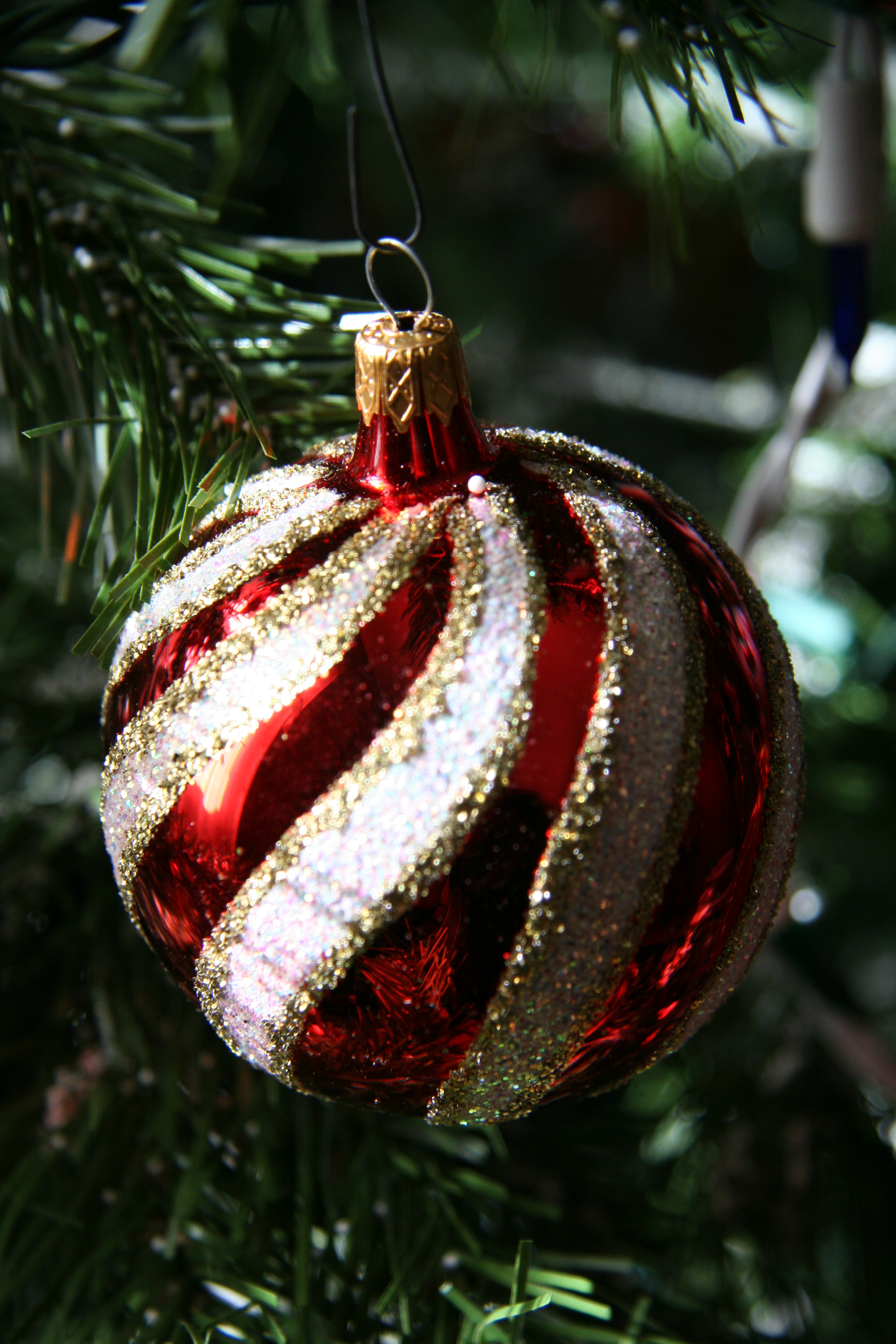 Where did Christmas Ornaments come from  Linda Andrews Paranormal l6TyM4aG